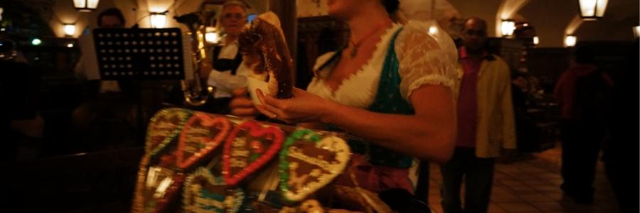 Bavyera'lı barmaid