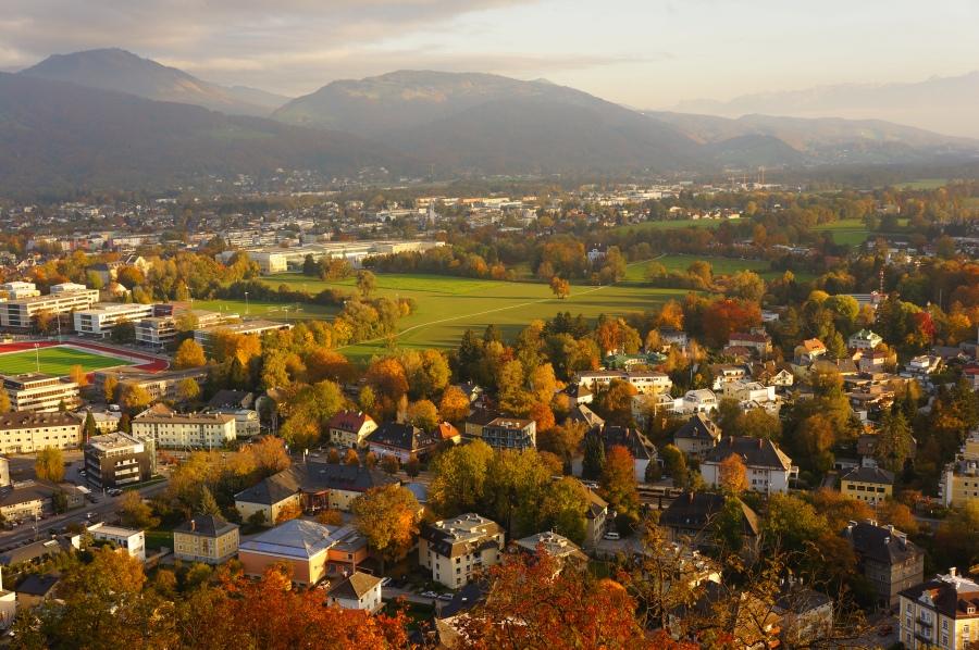 Kalenin en yüksek yerinden Salzburg manzarası