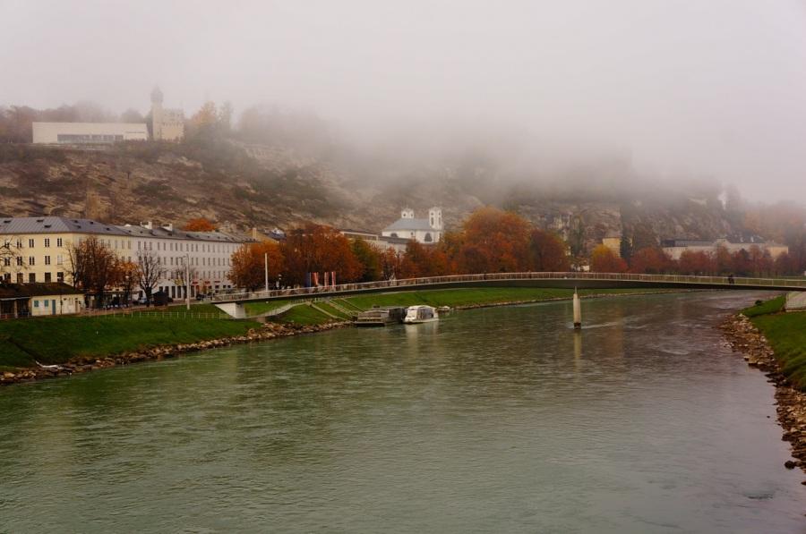 Salzach Nehri'nden bir manzara