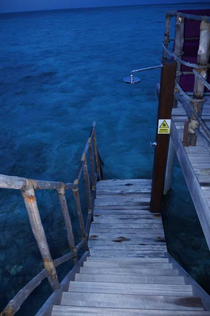 Nedense gece çekmeyi akıl ettiğim merdivenler :)