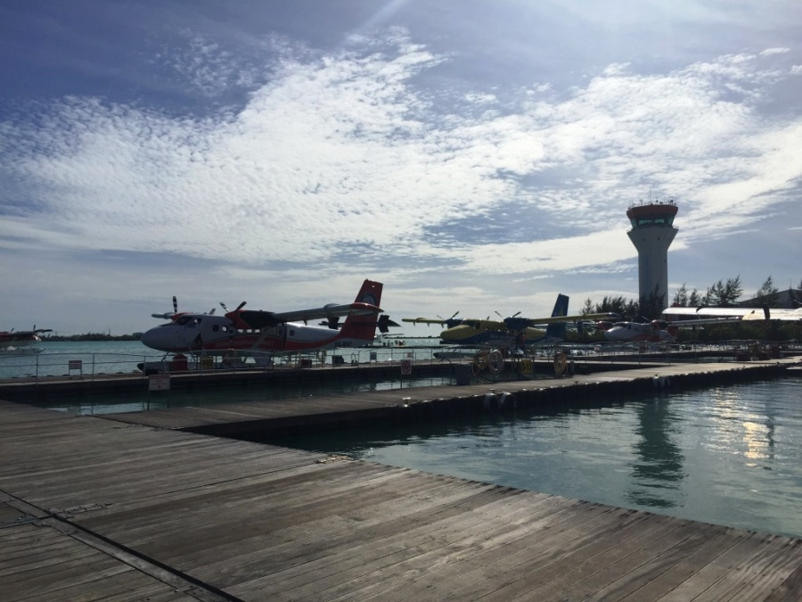 Deniz uçağı bizi beklerken..
