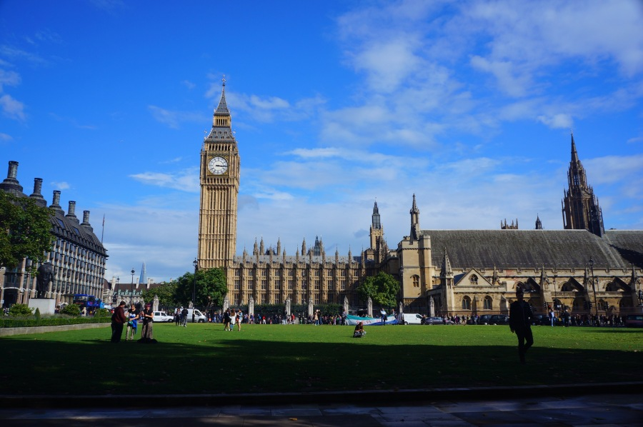 Big Ben ve Westminster Sarayı